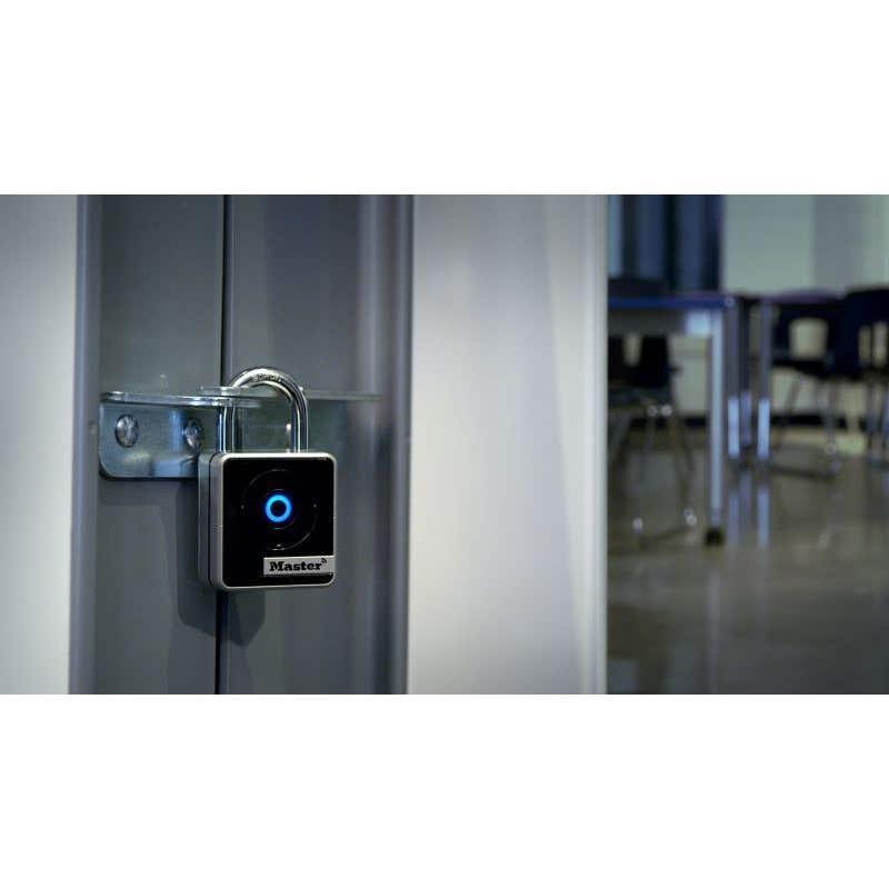 Master Lock Indoor Bluetooth Padlock